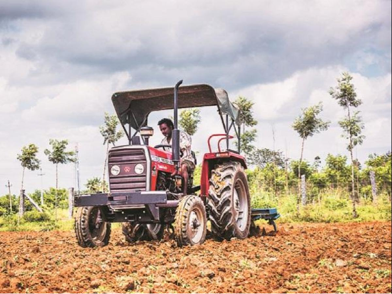 Mahindra Tractor (Image Credit - Google)
