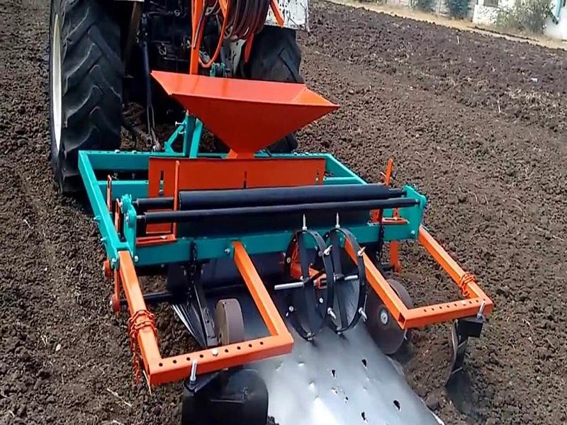 Mulching Machine: কৃষক তৈরী করেছেন মালচিং মেশিন, যা খরচ ও শ্রমকে সাশ্রয় করে