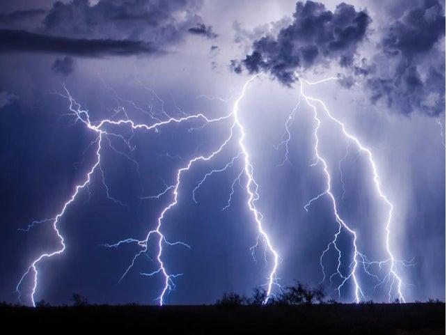 (Weather forecast) নিম্নচাপের প্রভাবে দক্ষিণের এই ৭ টি জেলায় অব্যাহত ভারী বৃষ্টিপাত