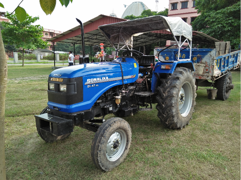 Low Price Tractor (Image Source - Google)