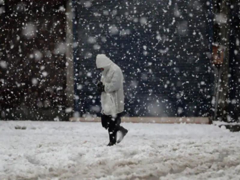 শীতের বিদায় বেলায় কলকাতা সহ দক্ষিণবঙ্গে বৃষ্টিপাত (Weather News)